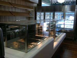 Cake Display Frifg and Hot Food Display